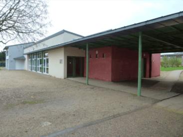 VELLES Centre d'accueil socio-culturel pour enfants, salle multi activités et cantine